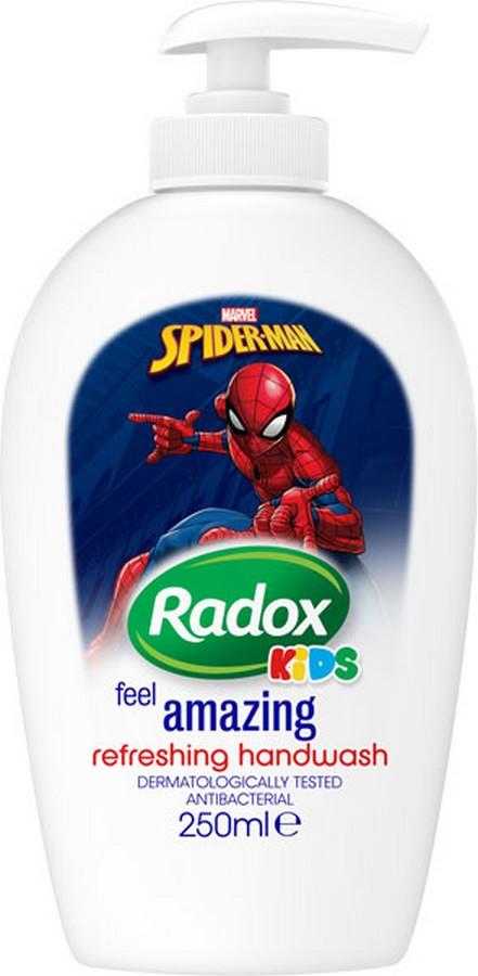 Fotografie Radox Kids Spiderman tekuté mýdlo pro děti dávkovač 250 ml