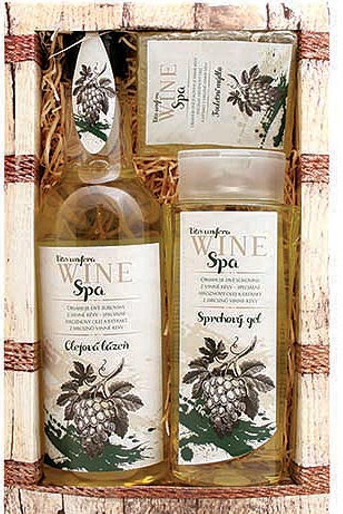 Fotografie Bohemia Gifts & Cosmetics Wine Spa Vinná kosmetika Hroznový olej a extrakt z vinné révy Sprchový gel 250 ml + Olejová lázeň 500 ml + Toaletní mýdlo 70 g, kosmetická sada