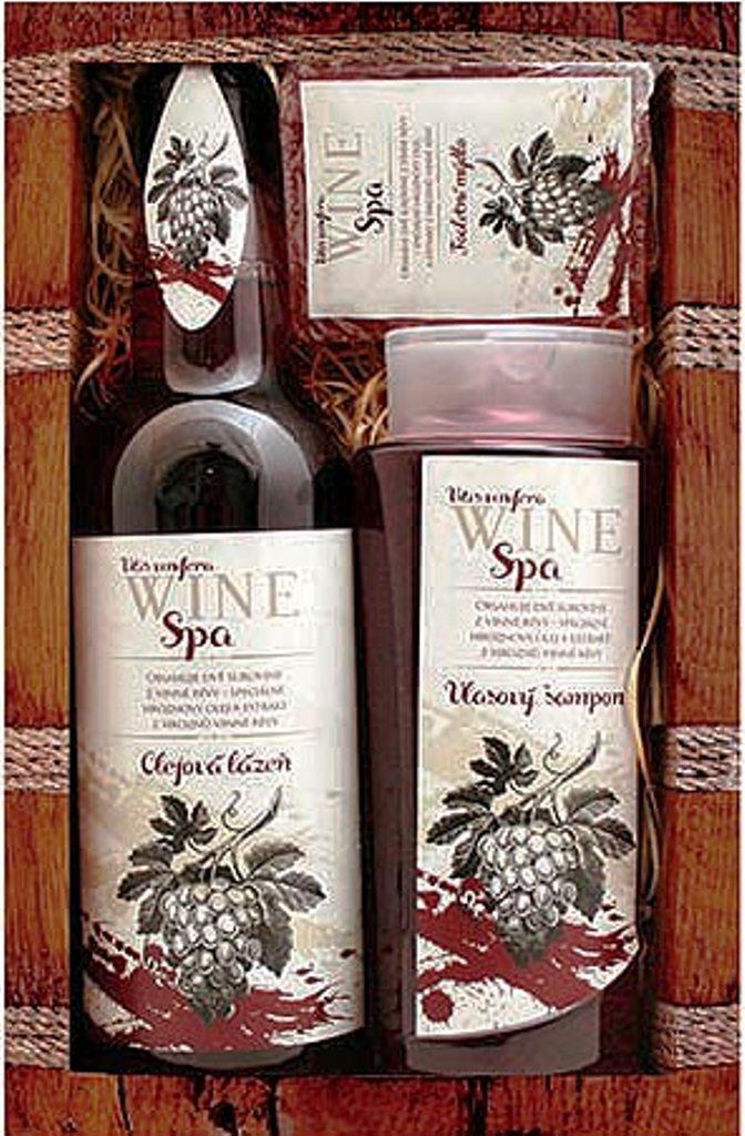 Fotografie Bohemia Gifts & Cosmetics Wine Spa Vinná kosmetika Hroznový olej a extrakt z vinné révy vlasový šampon 250 ml + olejová lázeň 500 ml + toaletní mýdlo 70 g, kosmetická sada