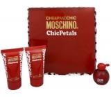 Moschino Cheap And Chic Chic Petals toaletní voda 4,9 ml + tělové mléko 25 ml + sprchový gel 25 ml, dárková sada