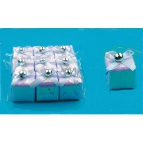 Dárečky bílé perleťové 3,5 x 3,5 cm, 9 kusů v sáčku