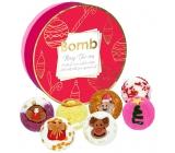 Bomb Cosmetics Veselé vánoce mix vánočních kuliček zbambuckého akakaového másla 7 x 30 g, kosmetická sada v plechové dóze