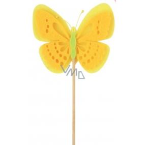 Motýl z filcu žlutý zápich 7 cm + špejle