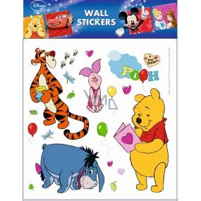 Room Decor Samolepky na zeď Disney Medvídek Pú s pohlednicí 30 x 30 cm