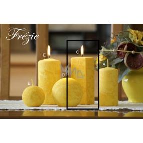 Lima Mramor Frézíe vonná svíčka žlutá hranol 45 x 120 mm 1 kus