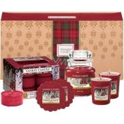 Yankee Candle Christmas Magic - Vánoční kouzlo vonná svíčka Classic malá sklo 104 g + votivní svíčka 2 x 49 g + vonný vosk 2 x 22 g + čajová svíčka 12 x 9,8 g, vánoční dárková sada
