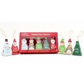 English Tea Shop Bio Vánoční stromek Zázvor a brusinka + Čokoláda, rooibos, vanilka + Jablko, šípek a skořice + Bílý čaj, kokos a passion fruit + Bílý čaj s tropickým ovocem, 10 kusů pyramidek čaje, 5 příchutí, 5 vánočních figurek k zavěšení na stromek, 20 g ,dárková sada