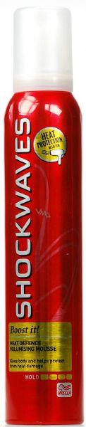 Wella Shockwaves Boost It pěnové tužidlo na vlasy 200 ml