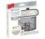Yankee Candle Fluffy Towels - Nadýchané osušky vůně do auta kovová stříbrná visačka Charming Scents set Square 13 x 15 cm, 90 g