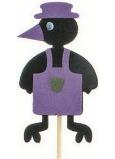 Vrána v zástěře fialová zápich 7 cm + špejle 15 cm