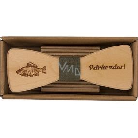 Bohemia Gifts & Cosmetics Dřevěný motýlek Rybář 12,5 cm
