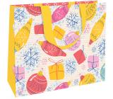 Nekupto Dárková papírová taška s ražbou 30 x 23 x 12 cm Vánoční bílá s ozdobami WLFL 1995