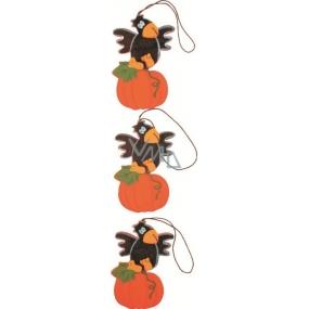 Závěs Halloween havran na dýni dřevěný 10 cm 3 kusy v sáčku