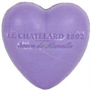 Le Chatelard 1802 Fialka a ostružiny přírodní mýdlo ve tvaru srdce 25 g