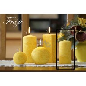 Lima Mramor Frézie vonná svíčka žlutá válec 50 x 100 mm 1 kus