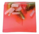 Bomb Cosmetics Jahodová pláň - Strawberry Fields Přírodní glycerínové mýdlo 100 g