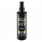TRESemmé Wave Enhancer Day 2 sprej na zvýraznění vlnitých vlasů pro dny, kdy nemáte náladu si umýt hlavu 200 ml
