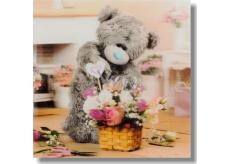 Me to You Blahopřání do obálky 3D Medvěd aranžuje kytičku 15,5 x 15,5 cm