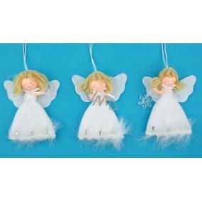 Anděl plyšový s peřím a vločkou na zavěšení různé druhy 14 cm