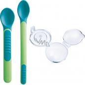 Mam Feeding Spoons & Cover 2 fázová krmící lžička s ochranným krytem různé barvy 6+ měsíců 1 sada
