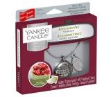 Yankee Candle Black Cherry - Zralé třešně vůně do auta kovová stříbrná visačka Charming Scents set Linear 13 x 15 cm, 90 g