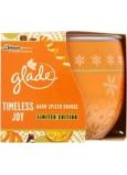 Glade by Brise Warm Spiced Orange vonná svíčka ve skle 120 g