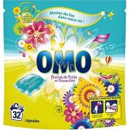 Omo Festival de Fruits Liquid Caps gelové kapsle na praní barevného a bílého prádla 32 dávek 841 g