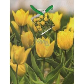 Nekupto Dárková papírová taška střední 23 x 18 x 10 cm žluté tulipány 1 kus 951 01 BM