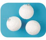Baňky bílé s krajkou 8 cm 3 kusy
