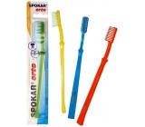 Spokar 3412 Orto tvrdý zubní kartáček U zástřih vhodný i pro ortodontické použití