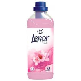Lenor Floral Romance aviváž 31 dávek 930 ml