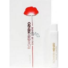 DÁREK Kenzo Flower by Kenzo Eau De Lumiere toaletní voda pro ženy 1 ml s rozprašovačem, vialka
