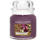 Yankee Candle Moonlit Blossoms - Květiny ve svitu měsíce vonná svíčka Classic střední sklo 411 g