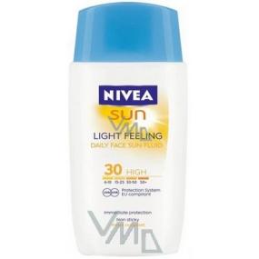 Nivea Sun Light Feeling SPF30 lehký pleťový krém na opalování 50 ml