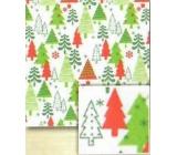 Nekupto Vánoční balicí papír Bílý, zelené a červené stromky 0,7 x 5 m