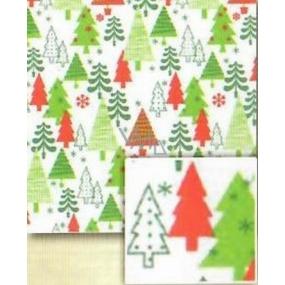Nekupto Dárkový balicí papír 70 x 500 cm Vánoční Bílý, zelené a červené stromky