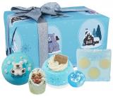Bomb Cosmetics Shake Up Christmas šumivý balistik do koupele 2 x 160 g + glycerinové mýdlo 100 g + máslová kulička 30 g + špalíček do koupele 50 g, kosmetická sada