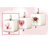 Lima Valentýnská svíčka 2 srdíčka svíčka s obtiskem bílá krychle 45 x 45 mm 1 kus