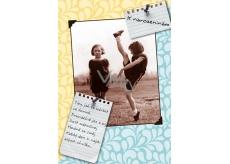Albi Hrací přání do obálky K narozeninám Dvě cvičenky Holduj tanci, pohybu Jan Werich 14,8 x 21 cm
