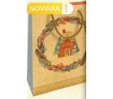 Nekupto Dárková kraftová taška 25 x 8 x 19 cm Vánoční domeček s věncem 598 WKHM