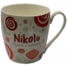 Nekupto Twister hrnek se jménem Nikola červený 0,4 litru