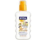Nivea Sun Kids Pure & Sensitive OF50+ sprej na opalování pro děti 200 ml