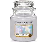 Yankee Candle Sweet Nothings - Sladké nic vonná svíčka Classic střední sklo 411 g