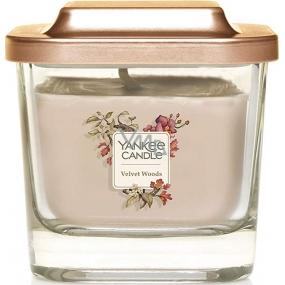 Yankee Candle Velvet Woods - Sametové dřevo sojová vonná svíčka Elevation malá sklo 1 knot 96 g