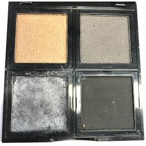Be Chic! Smokey Eyes Eye Shadow Palette paleta 4 očních stínů, poškozeno