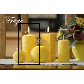 Lima Mramor Frézíe vonná svíčka žlutá válec 60 x 120 mm 1 kus