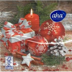 Aha Vánoční papírové ubrousky 3 vrstvé 33 x 33 cm 20 kusů Červené ozdoby, dárek a svíčka