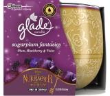 Glade Sweet Fantasies - švestky, ostružiny a fialky vonná svíčka ve skle doba hoření až 30 hodin 120 g