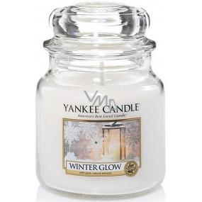 Yankee Candle Winter Glow - Zimní záře vonná svíčka Classic střední sklo 411 g