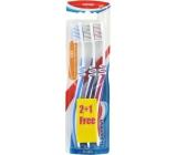 Aquafresh Flex Medium střední zubní kartáček 3 kusy